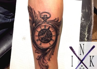 es_tattoo uhr